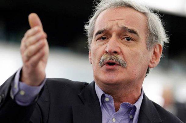 Νίκος Χουντής: «Η ΕΕ να λάβει τα κατάλληλα μέτρα για την απελευθέρωση των 2 Ελλήνων αξιωματικών»