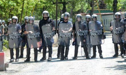 Για την αστυνομική επίθεση εναντίον αντιφασιστών στο Γαλάτσι