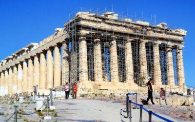 Μυστικές Συμβάσεις και Αδιαφάνεια στο Βράχο της Ακρόπολης